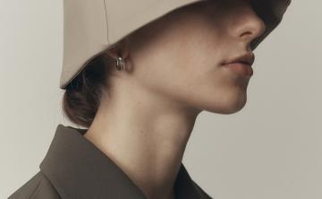 LOW CLASSIC 韩国设计师品牌 印字渔夫帽盆栽帽帽子 卡其色
