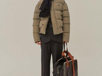 ADER ERROR2020新款设计师品牌短款羽绒服女大毛领冬长袖纯色白鸭绒