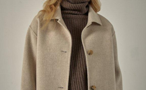 代购 FP 韩国设计师品牌 20秋冬 翻领长袖系扣短款外套上衣