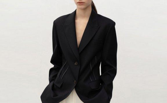 车静媛同款AVA MOLLI韩国设计师品牌21春款显瘦收腰西装外套正品
