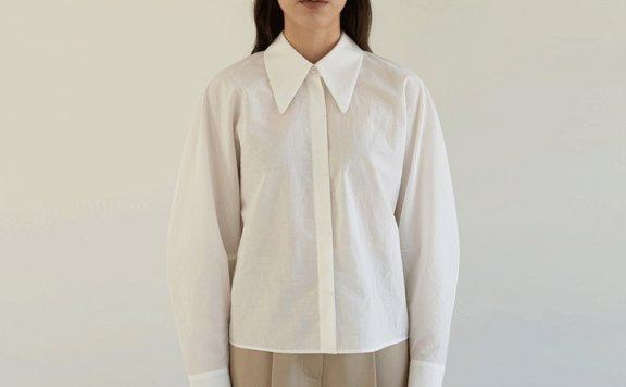 MOHAN韩国设计师品牌2021春款简约百搭立领宽松弧线袖短款衬衫