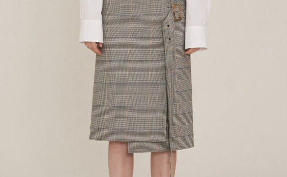 MUSEE 2021春夏款韩国设计师品牌正品通勤不规则条纹A字半身裙