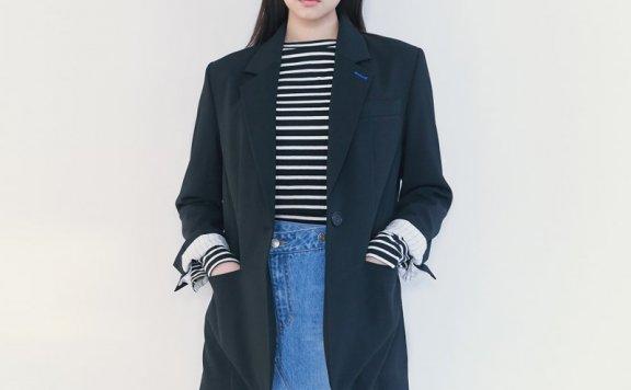 正品代购kuho plus韩国设计师品牌2021春款侧纽扣开叉气质西装2色