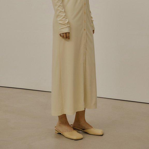 韩国设计师品牌 LOW CLASSIC 2021SS春夏方头复古后系带凉鞋纯色