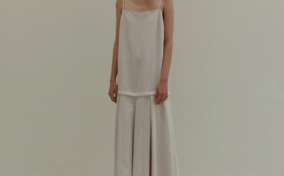 正品代购MOIA韩国设计师品牌2021春夏简约垂感长款吊带压褶裤连裙