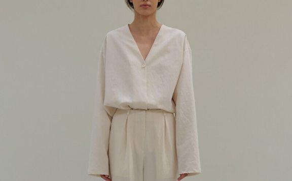 正品MOIA韩国设计师品牌2021春夏法式V领褶皱宽松长袖衬衫上衣