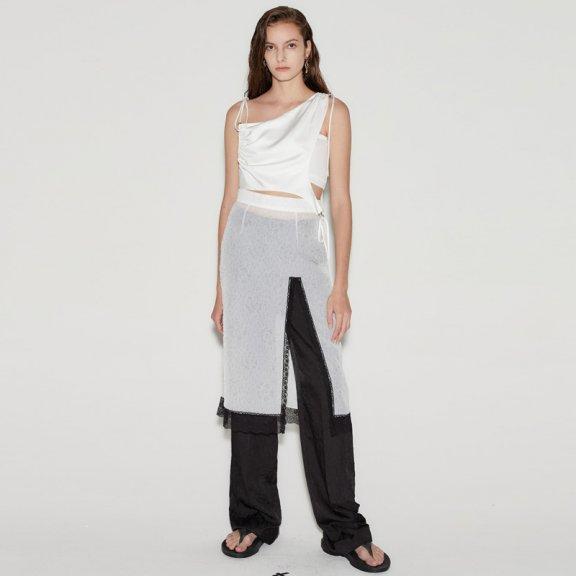 anderssonbell 韩国设计师品牌21春夏黑色蕾丝边前开叉透纱半身裙