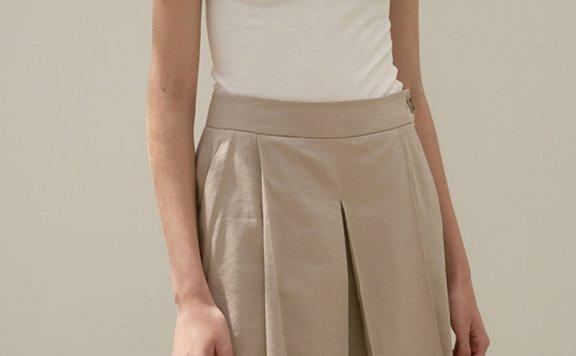 正品代购韩国设计师品牌MOHAN 21春夏气质百搭显瘦压褶短裤直邮