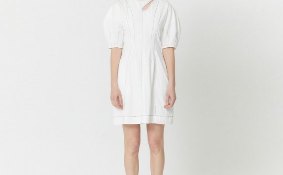 HAE BY HAEKIM韩国设计师品牌 21春夏镂空领褶线泡泡袖收腰连衣裙