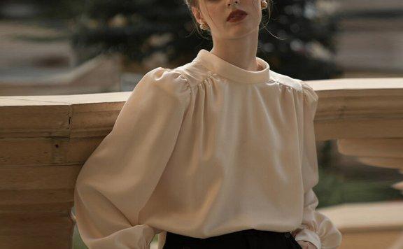 韩国设计师品牌 NOMINATE 21春夏法式复古优雅系带灯笼袖宽松衬衣