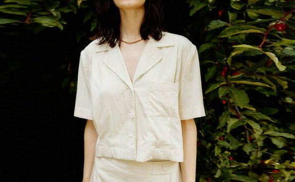 正品代购LOOKAST 韩国设计师品牌 21夏 翻领单排扣口袋衬衫上衣
