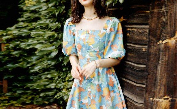 LOOKAST 韩国设计师品牌 21夏 法式方领灯笼袖印花A字裙连衣裙