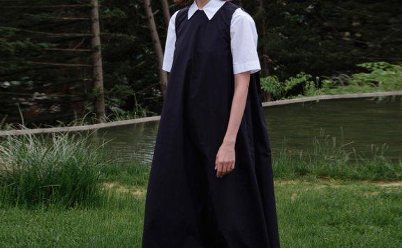 正品MOIA 韩国设计师品牌 21夏 纯色宽松露背叠穿吊带裙连衣裙