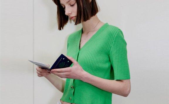 正品VPPLEMENT 韩国设计师品牌 21夏款 纯色V领系扣短袖针织开衫