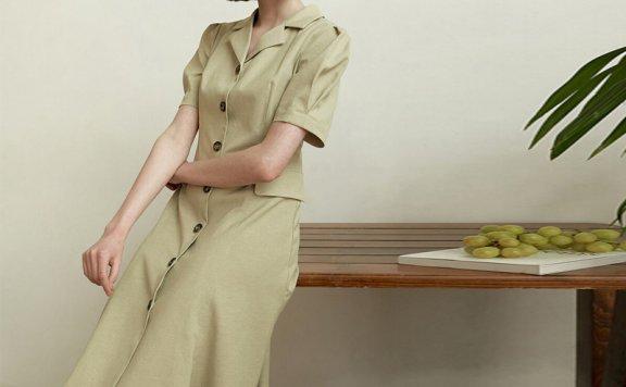 Hackesch韩国设计师品牌 21夏 翻领单排扣口袋短袖连衣裙正品直邮