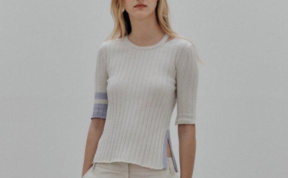 正品MUSEE韩国设计师品牌 21夏 圆领拼色中袖侧开叉显瘦针织衫T恤