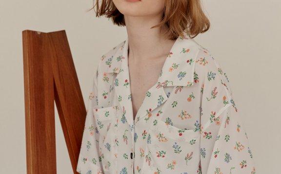 正品AND YOU 韩国设计师品牌 21夏款 OVERSIZE系扣碎花短袖衬衫
