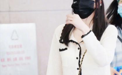 韩国小众品牌EENK 拼色口袋针织薄开衫