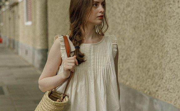 LENINA 21夏 韩国设计师品牌 小众设计圆领褶皱多层次无袖上衣