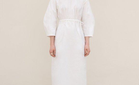 MORE OR LESS 21夏 韩国设计师品牌 收腰灯笼袖后开口绑带连衣裙