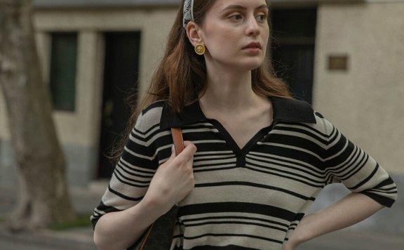 正品LENINA 21夏 韩国设计师品牌 小翻领V领黑色条纹针织短袖上衣