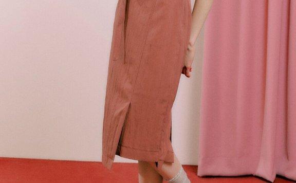 正品DEARK 韩国设计师品牌 21秋款 腰带款不对称开叉中长裙半身裙