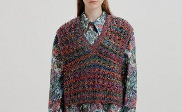 EENK 韩国设计师品牌 21秋冬 V领镂空钩针羊毛针织马甲背心直邮