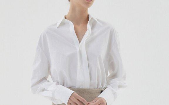 正品HAE BY HAEKIM 韩国设计师品牌 21秋冬 隐藏纽扣侧开叉衬衫