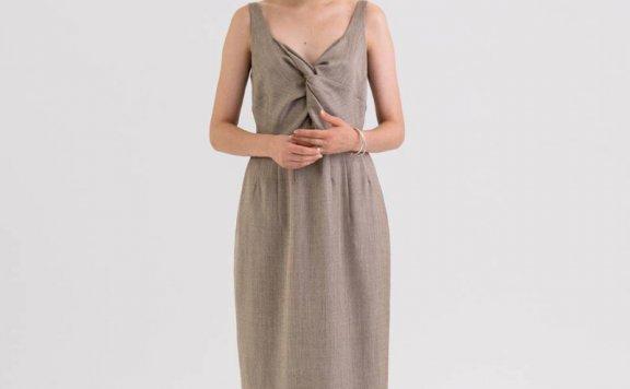 KINDERSALMON 21秋冬 韩国设计师品牌 粗花呢褶皱收腰吊带连衣裙