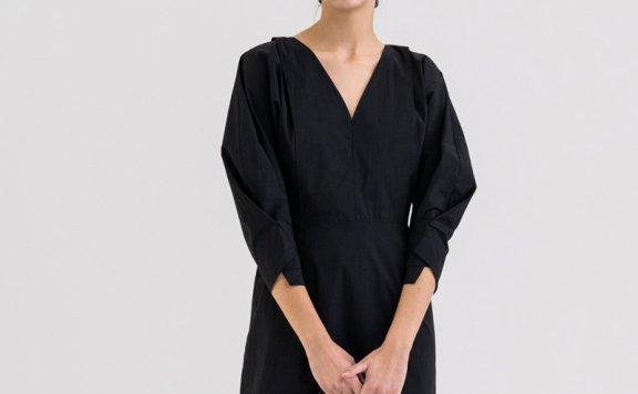 KINDERSALMON 21秋冬 韩国设计师品牌 V领微收腰灯笼袖连衣裙正品
