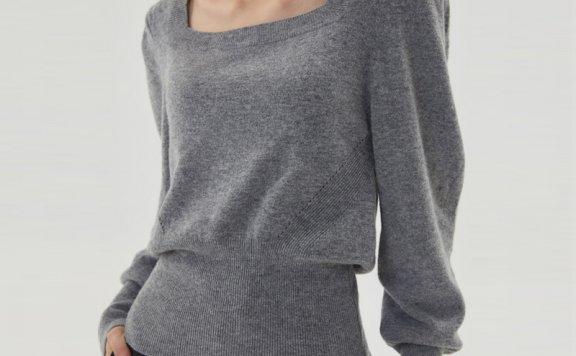 HAE BY HAEKIM 韩国设计师品牌 21秋冬 宽松方领套头羊毛针织衫