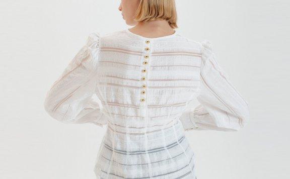 正品代购EENK 韩国设计师品牌 21秋冬 圆领蕾丝提花泡泡袖上衣