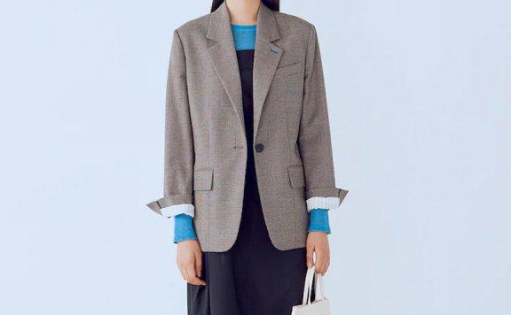 kuho plus韩国设计师品牌 21秋冬 一粒扣个性宽松人字纹西装外套