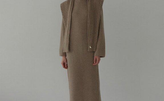 正品H8 21秋冬 韩国设计师品牌 罗纹圆领卷边长袖羊毛针织连衣裙