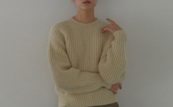 正品代购H8 21秋冬 韩国设计师品牌 香芋紫套头圆领复古针织衫