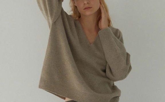 正品代购H8 21秋冬 韩国设计师品牌 V领宽松百搭羊毛针织衫直邮