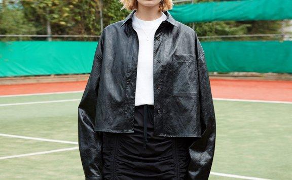 正品ouimaisnon 21秋冬 韩国设计师品牌 翻领纽扣款皮革短款衬衫